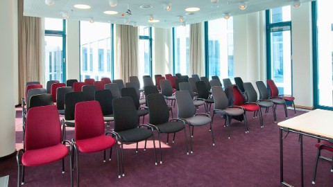 Picture 6: View on chairs in meeting room Nordsee.